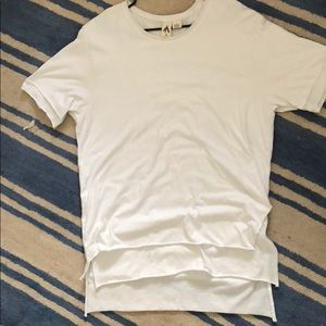 UO Feather layered t shirt XL